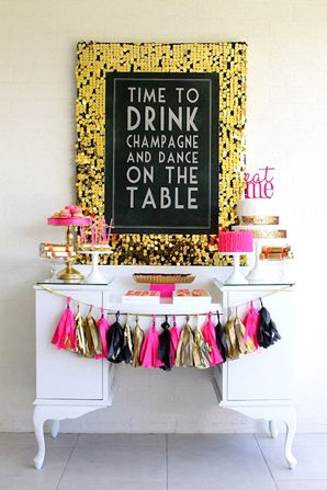 Tons of Beautiful New Years Eve Party Ideas @ Partyz.co !