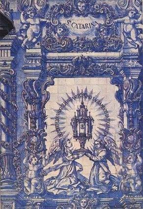 Eucaristia- Fachada da Capela das Almas - Porto
