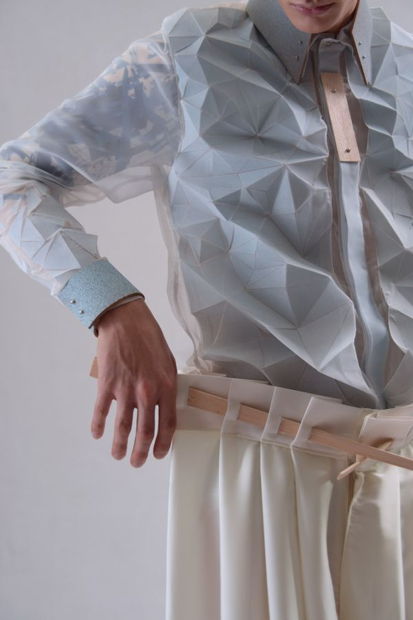 Faceted Shirt with flexible 3D fabric; innovative textiles; fabric manipulation; geometric fashion detail // Yung Wong