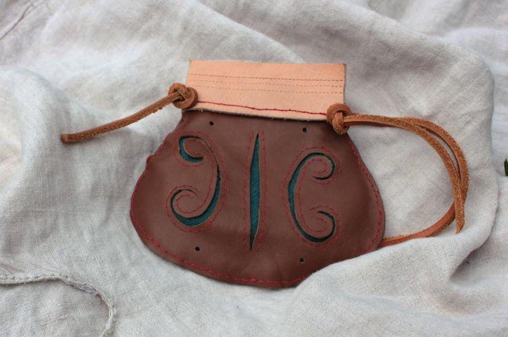 Chieftains purse reconstruction, 9th century, Gokstad, Norway