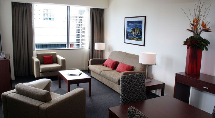 A Deluxe King Suite at Rydges Auckland.