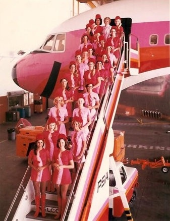 PSA, the airline with a smile (Vintage Flight Attendants thru pixiedollhouse.blogspot.com)