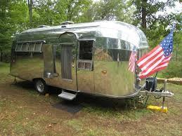 """caravane Américaine """"Airstream"""""""