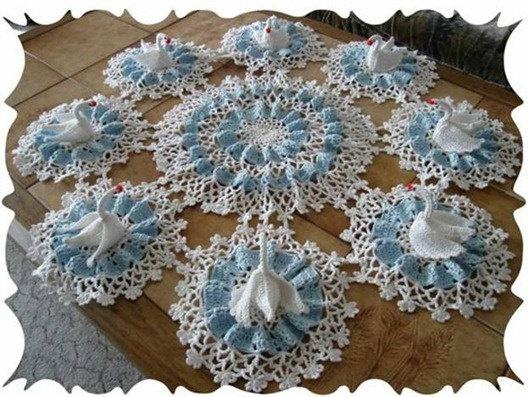 Free Crochet Swan Doily Pattern : Swan lake crochet doily pattern pdf by marifu6a on Etsy ...
