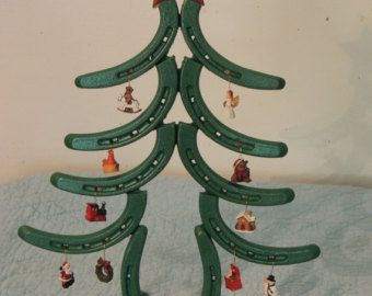 The 25+ best Horseshoe christmas tree ideas on Pinterest ...