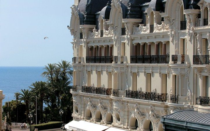 An incredible site for learning everything about luxury hotels and the French art of welcoming on this site: http://www.laurentdelporte.com/en/ Hôtel de Paris Monte-Carlo #MonteCarlo #Monaco #Luxury #Travel #Hotels #HoteldeParisMonteCarlo