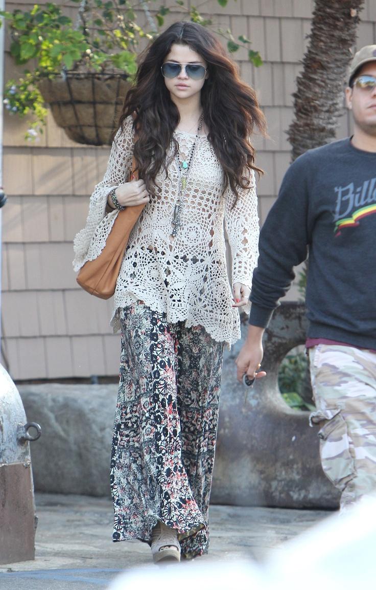 Selena Gomez 39 S Boho Chic Moreismore Look Celeb Style