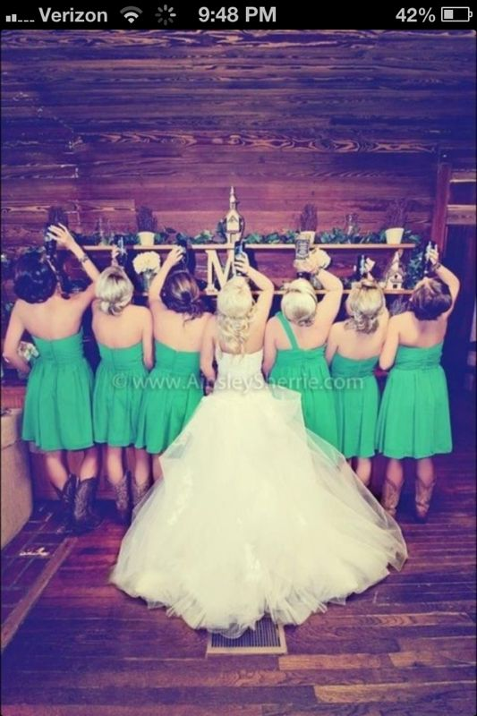 Country wedding photo idea super cute my ladies and I would definitely do this!