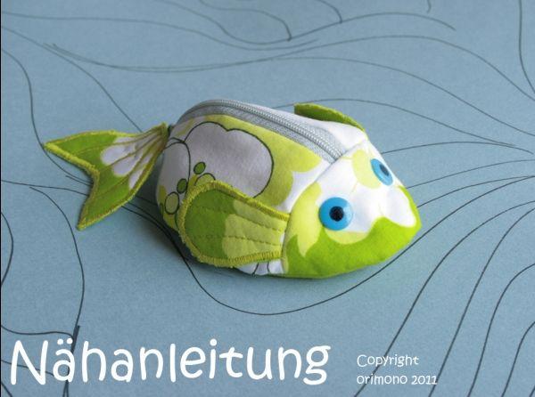 Schnullertäschchen / Portemonnaie Fisch - Anleitung zum Nähen http://www.crazypatterns.net/de/items/590/schnullertaeschchen-portemonnaie-fisch-anleitung-naehen-orimono