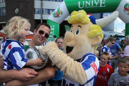 Veel fans op open dag SC Heerenveen