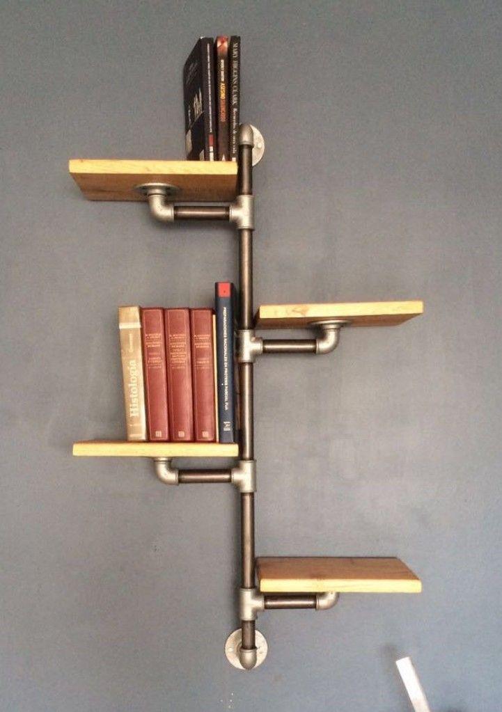 """Fabricado a gusto por el cliente, se utilizo cañería reciclada y madera maciza.    Medidas de estantes:  40 cm x 30 cm    Estructura plommer 3/4"""""""