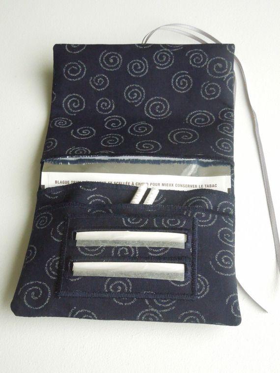 Blague à tabac / pochette à tabac pratique en tissu japonais bleu nuit motif spirales