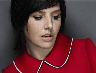 Sharleen works the Winehouse look - Photo 1 | Celebrity news in hellomagazine.com