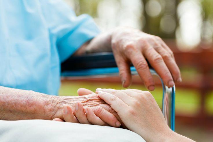 Cientistas investigam possibilidade de Alzheimer ser transmissível... m um estudo publicado na revista científica Nature, cientistas da University College London argumentam que instrumentos cirúrgicos e agulhas poderiam apresentar um raro mas potencial risco de contágio. #focoemvidasaudavel #vidaativaesaudavel #herbalife