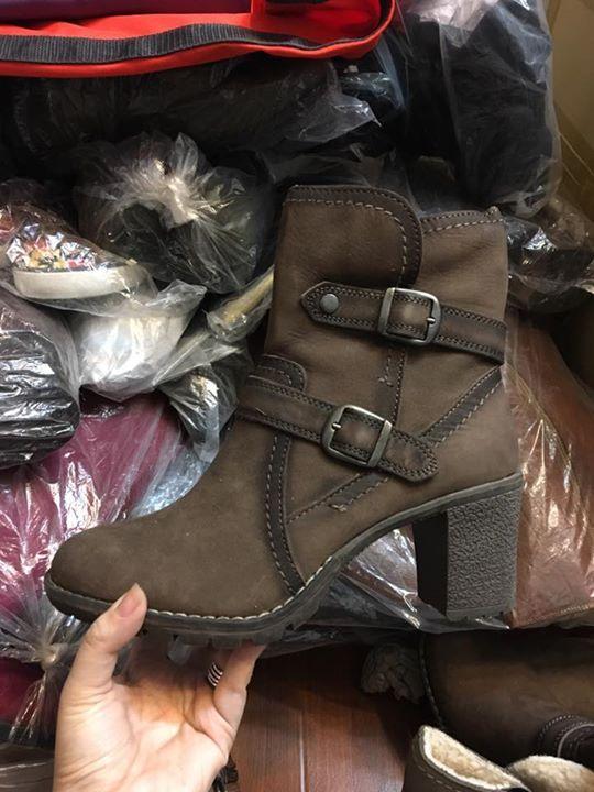 ⛔️⛔️⛔️ Liên tục bung lụa #BOOT mới bán với #GIÁ_SALE 😘😘😘 Toàn Diana Ferrari, Tamaris, Trivict, v.v và cả Busola thần thánh cũng sale luôn 😍 Toàn hàng #da_thật, độc, xịn, đẹp!!! Ghé Kimy ngay và luôn thôi cả nhà ơiiiiiiii!!!!! 🎉🎉🎉🎉🎉 Ps: Update size giá tại hình ah #hotshoes #forsale #ilike #shoeslover #like4lik #shoes #niceshoes #sportshoes #hotshoes