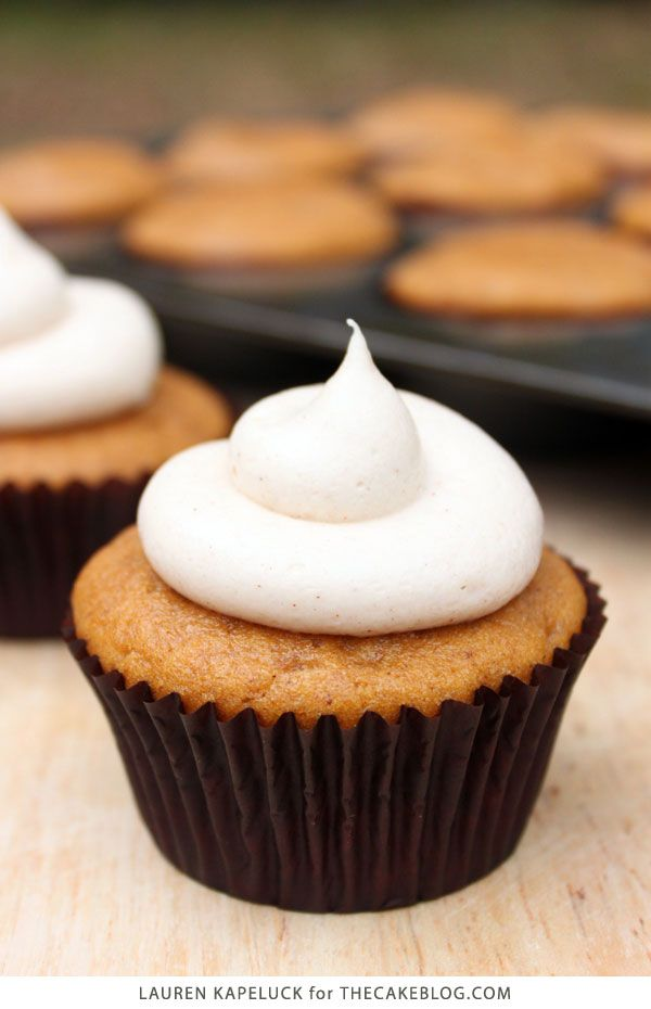 Pumpkin Cupcakes with Cinnamon Cream Cheese Frosting | by Lauren Kapeluck for TheCakeBlog.com