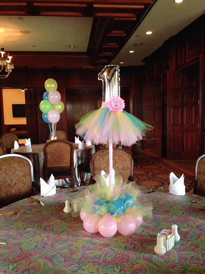 1st birthday balloon centerpiece it tutu cute not to pin for Baby shower hall decoration ideas