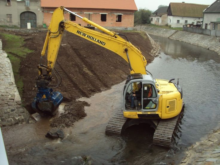 TIEFENBACH s.r.o.   Stavební prace, nákladní autodoprava, těžba štěrkopísku, odstraňování staveb
