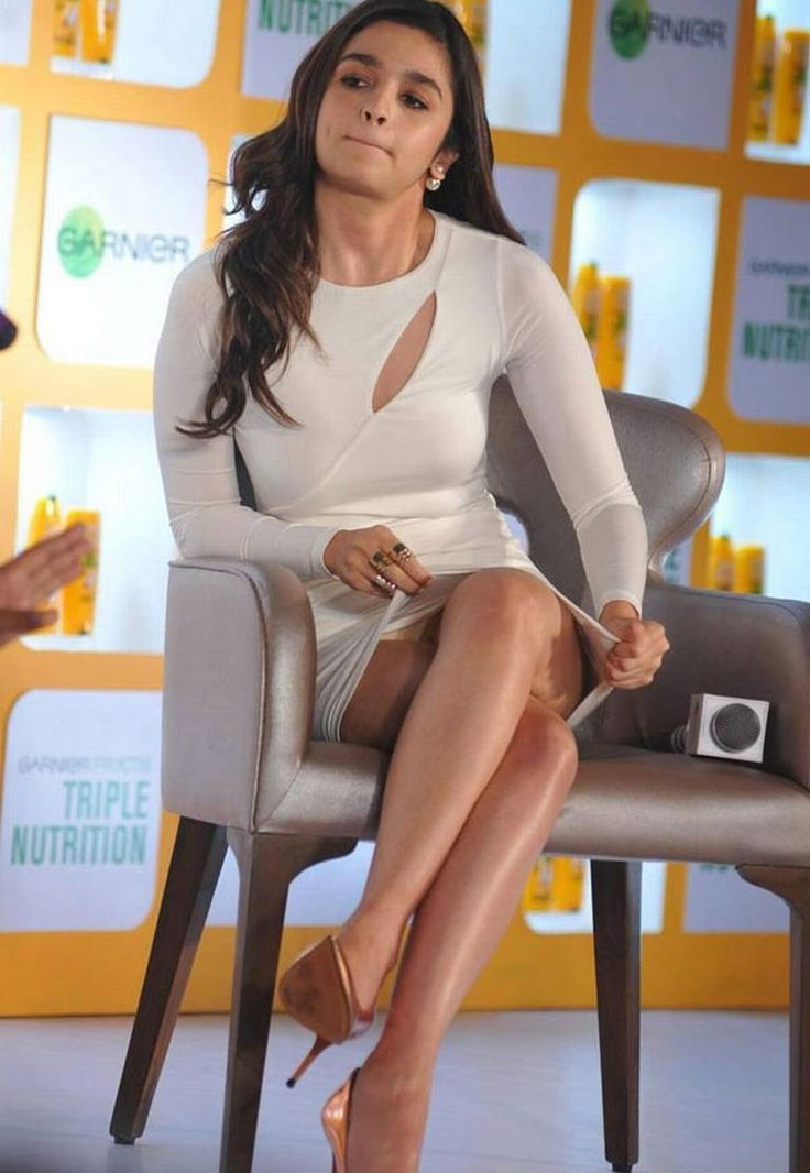 // So this time during the launch of Garnier's new product, she was seen in a white body fit dress and i..