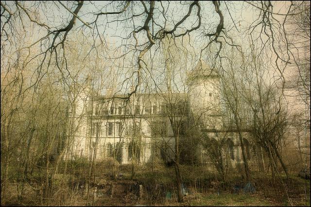 Day 1 - Chateau PR by Romany WG, via Flickr