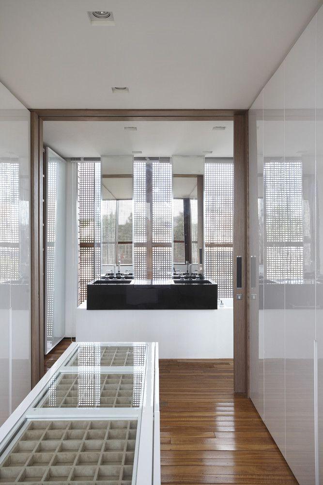 73 best guilherme torres studiogt images on pinterest - La maison ah au bresil par le studio guilherme torres ...