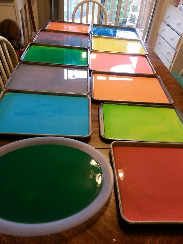Holy Indian powder. DIY! Perfect for a chalk fight.just corn starch, food coloring and water. Lay out on a cookie sheet and wait for all the water to evaporate (about 2 days) then crush up the pewder till it's fine and then have your chalk fight!