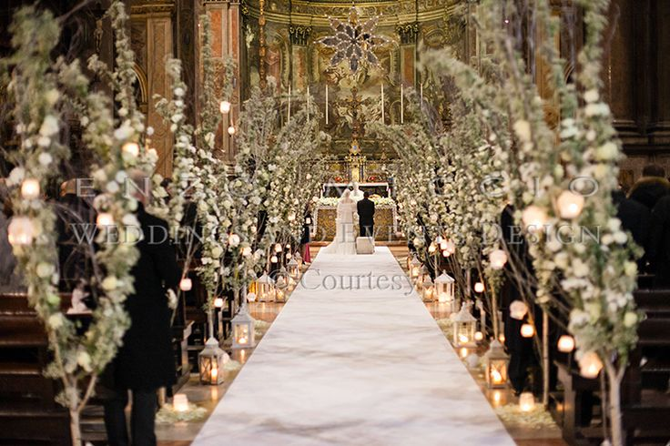 Wedding in Milan #wedding #milan #weddingplanner #flowerdesign #candle #decoration