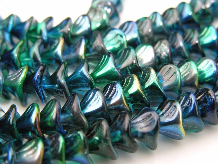 Cobalt Metallic Blue Three Petal FLower Beads   12 by UncommonBeads on Etsy https://www.etsy.com/listing/54990119/cobalt-metallic-blue-three-petal-flower