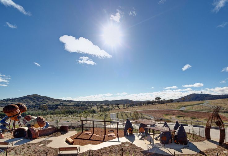TAYLOR CULLITY LETHLEAN. Pod Playground. Canberra. 2013.