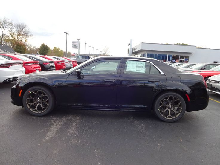 New Year, New Car! Start 2017 off with a #Chrysler300. Check out the features here - http://www.lebanoncdj.com/new/Chrysler/2017-Chrysler-300-207202ea0a0e0ae75af8e084802d4226.htm