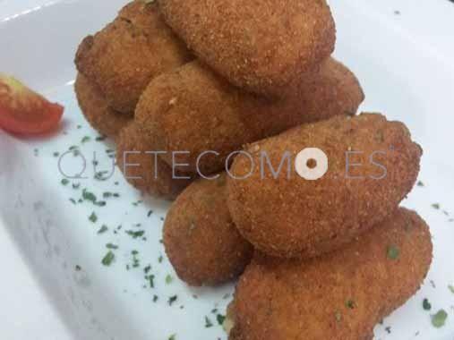 Croquetas de cocido gallego  |  Restaurante tapería vinoteca De Cocido en Santiago de Compostela, A Coruña