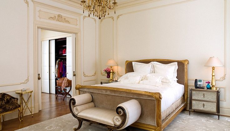 The Royal Plaza Suite at the Plaza - Inspired by the court of Louis XV, the Royal Plaza Suite at the Plaza $35,000 per night, imparts an air of aristocracy to any stay. | Top 10 Hotel Suites in New York City