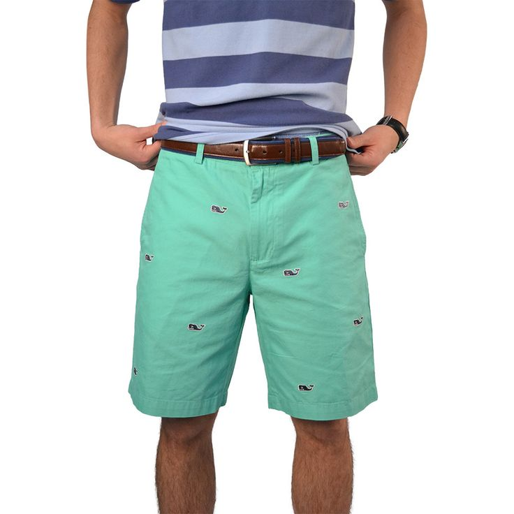 Vineyard Vines Whale Embroidered Club Shorts in Antigua Green