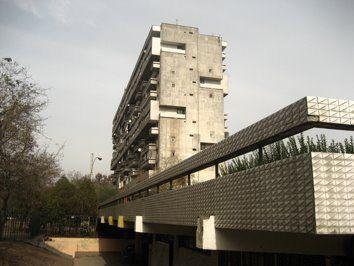 Conjunto Habitacional Remodelación República / Vicente Bruna, Germán Wijnant, Victor Calvo, Jaime Perelman y Orlando Sepúlveda – 1967