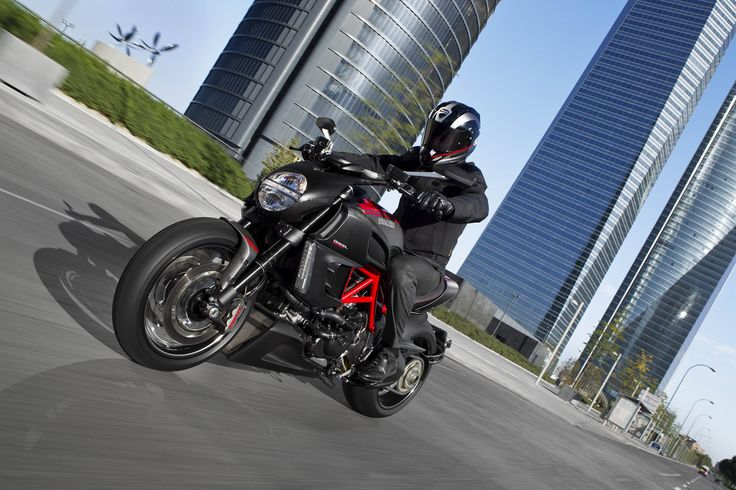 Diavel Carbon #ducati