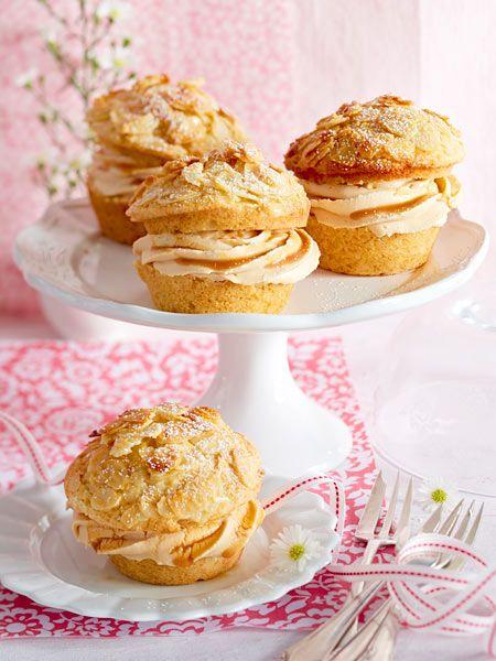 Bienenstich-Muffins mit Karamell-Sahne