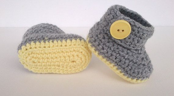 CROCHET PATTERN for baby booties crochet pattern by MissCro