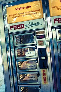 FEBO in Amsterdam, The Netherlands | 12 Hangover Foods That You Must Eat Abroad