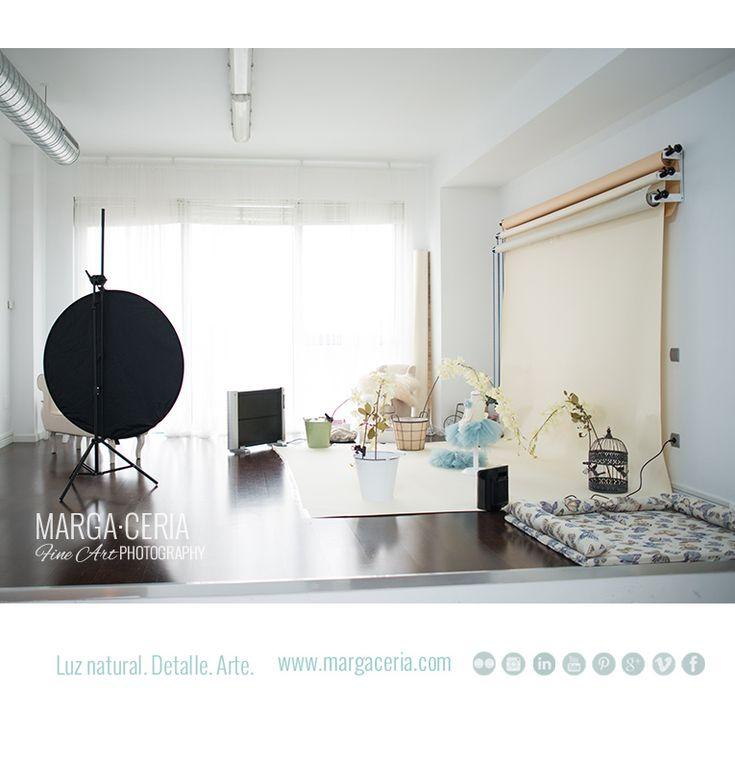 Studio Lighting Vs Natural Light: 17 Best Ideas About Newborn Studio On Pinterest