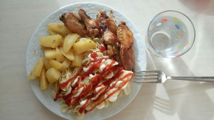 #tavuk #patates #makarna #gazoz enn sevdiğim dörtlü 💪