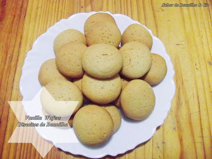 Olá Resolvi postar logo a receita desses biscoitinhos de baunilha por dois motivos. O primeiro é pela facilidade de fazer e o segundo pelo sabor. Gente que coisinhas gostosas! Super simples, com po…