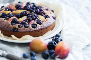 Himmelsk glutenfri blåbærtærte med kokossukker
