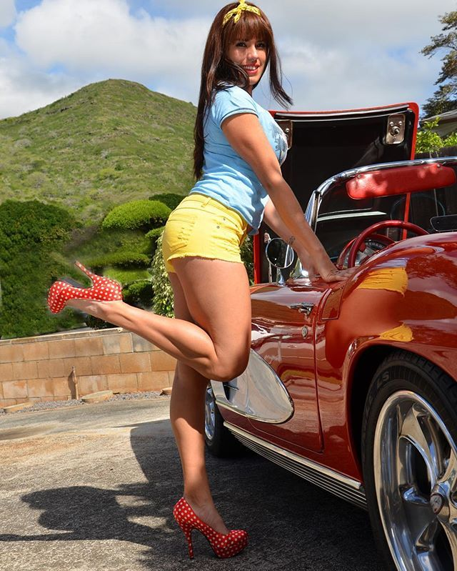 #pinups#pinup#rockabillylifestyle#rockabillygirl#redlips#pinupperfection#pinuppassion#pinupphotography#vettelife#vintage #oldskool #prettysinorita#pinupbeauty#latinapinup#hawaiianpinup#pinupbabe#akai68fotos#polkadotstilettos#pineapplepinup#hawaiianbeauty#legs#redvette#62vette#vlv19