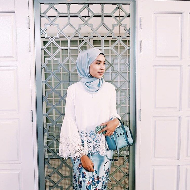 """484 Likes, 9 Comments - INNAI GROUP (@innaigroup) on Instagram: """"Best pairing is when you pair something old with something new . Just like Shafiqah, who paired our…"""""""