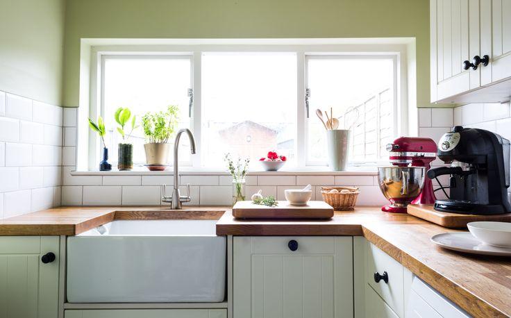 Feioi - interior design project management | renovation. Butler sink, wooden worktop, chopping board made using worktop offcuts