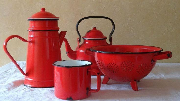 VINTAGE ancienne CAFETIÈRE & BOUILLOIRE email rouge + cadeau passoire & pot