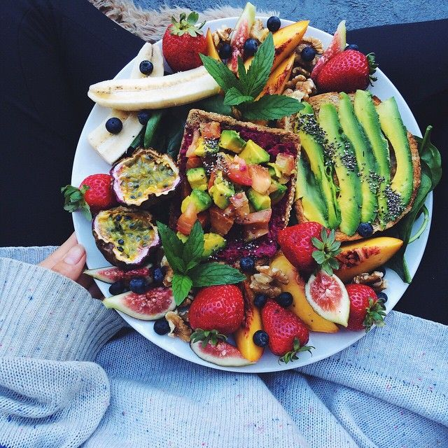 If only eating healthy ALWAYS looked this good ❤️  #wholefood #fruit #allnatural nutrition