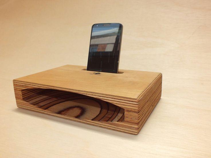 Elektrik ve pil istemeyen akustik telefon hoparlörü. / Acustic phone speaker. Gram-O-Phone