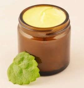 Receta crema casera para pieles muy secas.