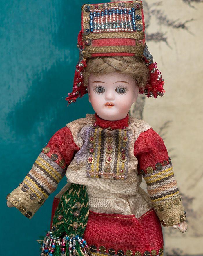 18 см Кукла в русском костюме Пензенской губернии из Бартрамовских мастерских, 1900е годы